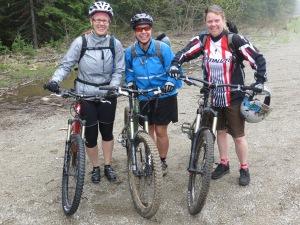 Jackie, Tara & Shelley before riding Monticola